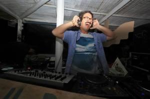 """me djing at my party """"EL Sabatone"""""""